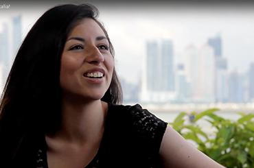 Natalia Buitrago implante auditivo